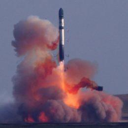 Баллистические ракеты — мощь и оружие титанов