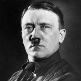 Адольф Гитлер — монстр ХХ века