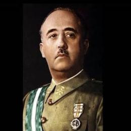 Настольная книга диктатора Франсциско Франко 4