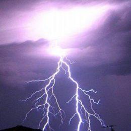 Небесный огонь – Молния